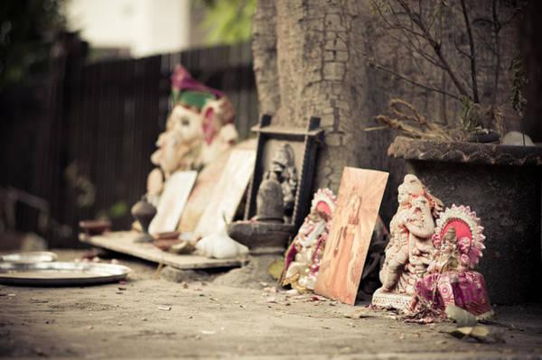 Wall Art - Photograph - Hindu Street Shrine by Scott Wyatt