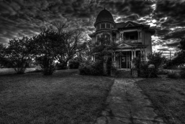 Photograph - Black And White Historic Fort Worth Home by Jonathan Davison