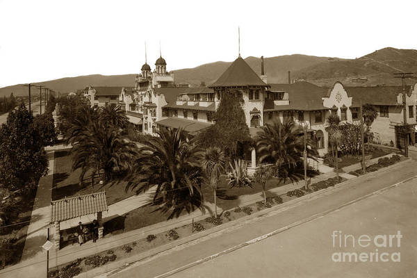 Photograph - Hollywood Hotel California Circa 1908 by California Views Archives Mr Pat Hathaway Archives