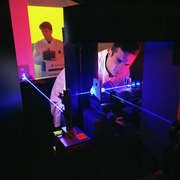 Laser Photograph - Holography by Pascal Goetgheluck/science Photo Library