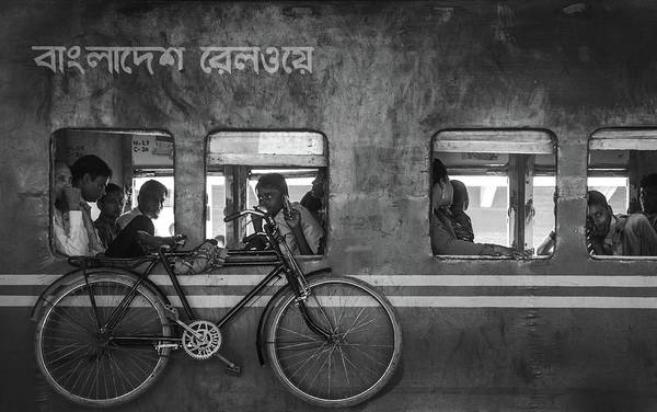 Wall Art - Photograph - Home Bound by Sifat Hossain