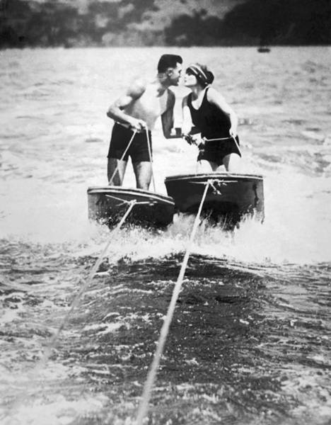 1924 Photograph - Honeymooners On Sf Bay by Underwood Archives