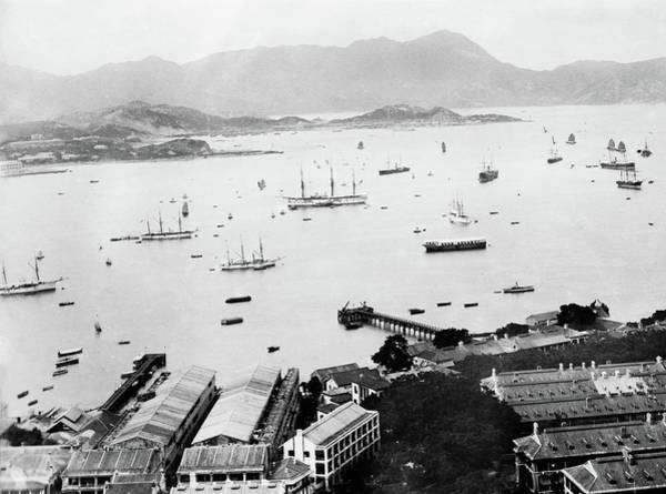 Steam Boat Photograph - Hong Kong Harbour by Library Of Congress/science Photo Library