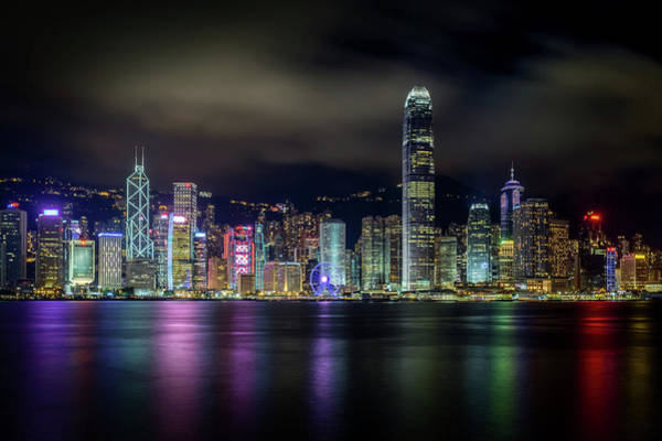 Wall Art - Photograph - Hong Kong Skyline by Tom Wang