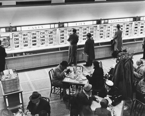 Wall Art - Photograph - Horn & Hardart Automat, Nyc, 1957 by Albert Mozell