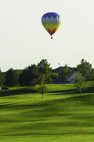 Photograph - Hot Air Balloon And Golf by Edward Peterson