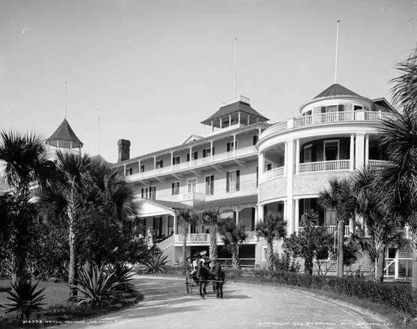 Ormond Photograph - Hotel Ormond, C1903 by Granger