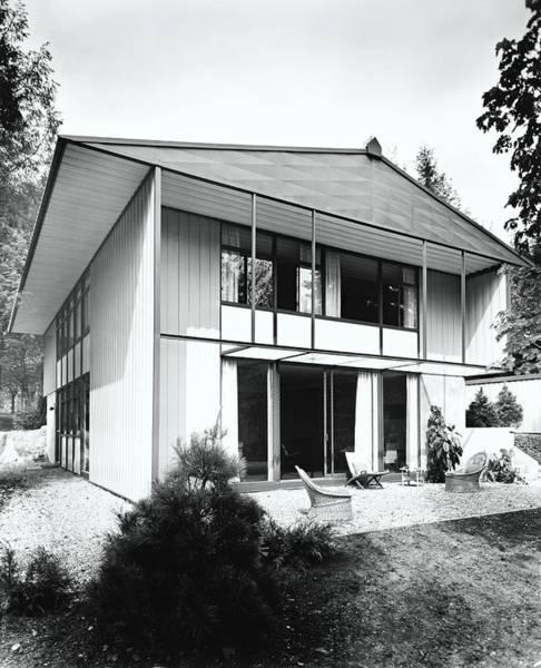 Patio Photograph - House Exterior by Pedro E. Guerrero