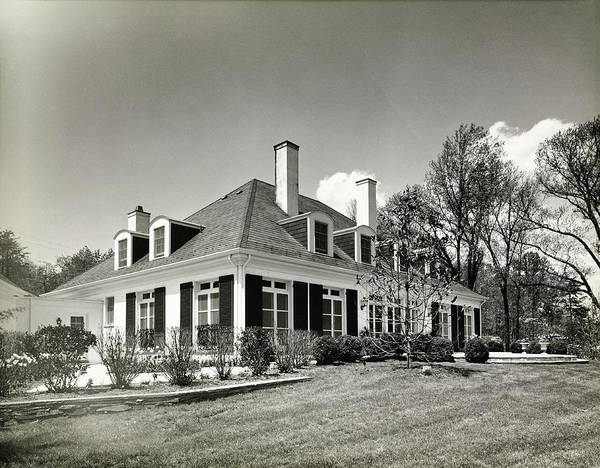 Facade Photograph - House Of Harold W Klotz In Virginia by Tom Leonard