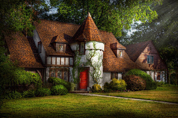 Photograph - House - Westfield Nj - Fit For A King by Mike Savad