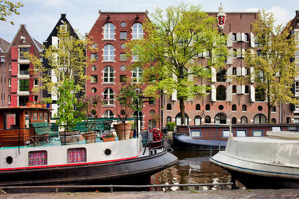 Houseboat Photograph - Houseboats And Houses On Brouwersgracht Canal In Amsterdam by Artur Bogacki