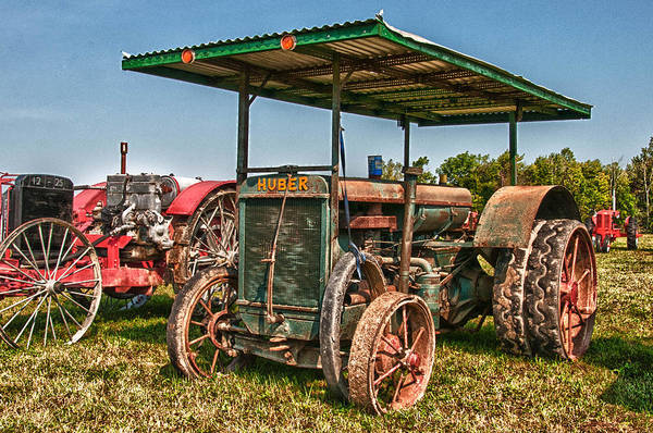 Photograph - Huber Tractor by Guy Whiteley