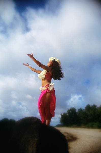 Hawaii Wall Art - Photograph - Hula Dancer Hawaii by Vintage Images