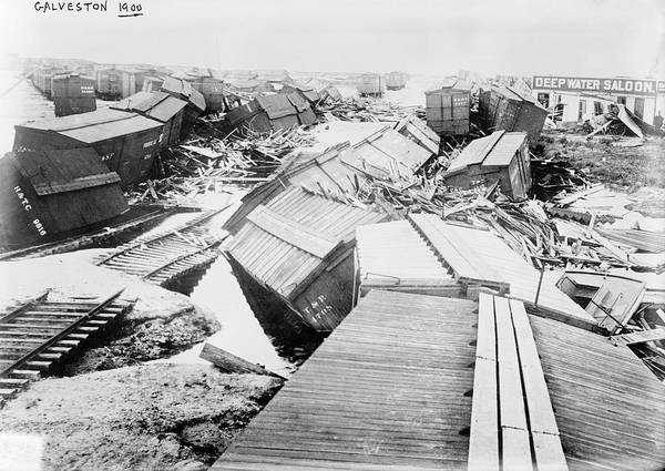Gulf Of Mexico Photograph - Hurricane Damage by Library Of Congress/science Photo Library