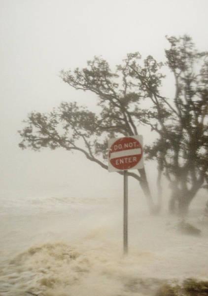 Katrina Wall Art - Photograph - Hurricane Katrina Lashing Gulfport by Jim Reed Photography/science Photo Library