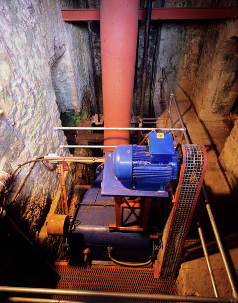Generators Photograph - Hydroelectric Generator by Adam Hart-davis/science Photo Library