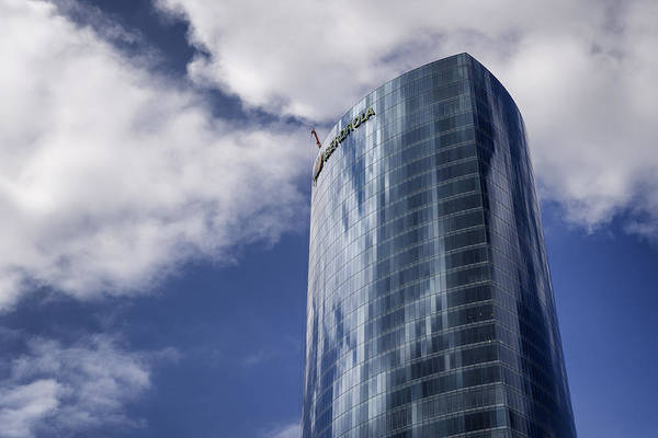 Photograph - Iberdrola Tower by Pablo Lopez