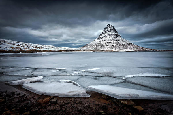 Crack Photograph - Ice-berg by Sus Bogaerts