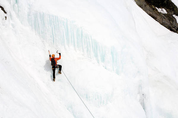 New Years Day Photograph - Ice Climbing On Huntingtons Ravine by Jose Azel