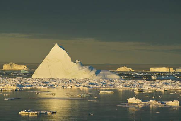Alpen Glow Wall Art - Photograph - Iceberg And Evening Light, Hall by Thomas Pickard