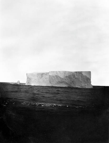 Wall Art - Photograph - Iceberg by Natural History Museum, London/science Photo Library