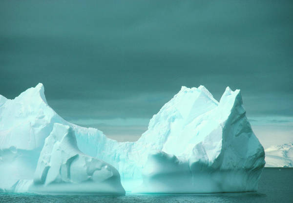 Eroded Wall Art - Photograph - Iceberg Of The West Coast by Simon Fraser/science Photo Library