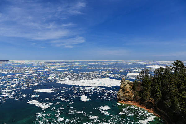 Photograph - Icebergs At Miner's Castle by Rachel Cohen