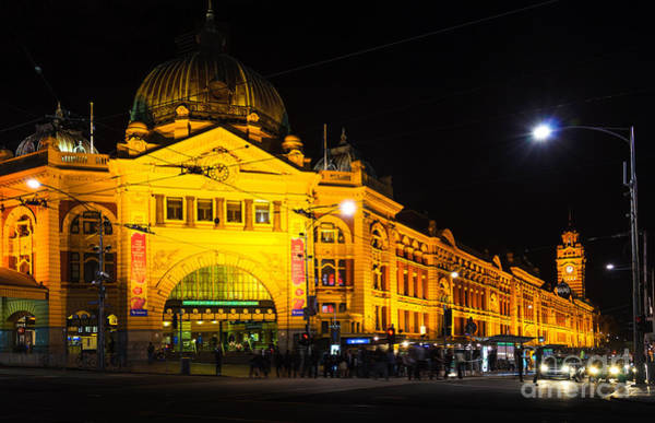 Queen Anne Style Photograph - Icon Of Melbourne - Flinders Street Station At Night by David Hill