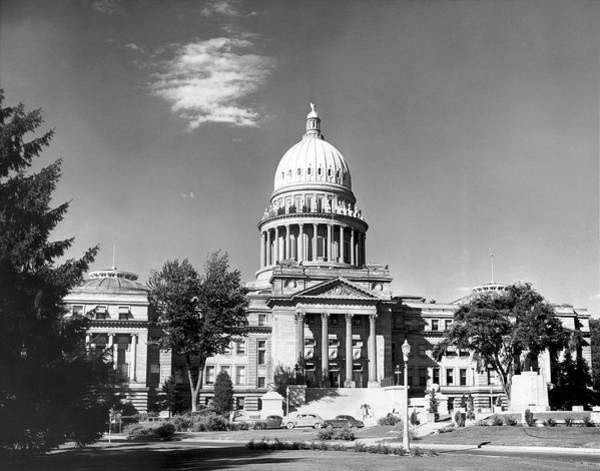 Wall Art - Photograph - Idaho State Capitol Building by Underwood Archives
