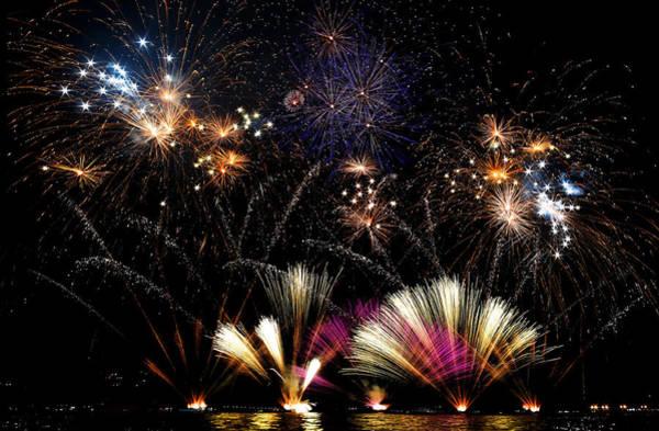 Fireworks Photograph - Ieri A Lecco C'erano I Fuochi... by Francesco Calvetti