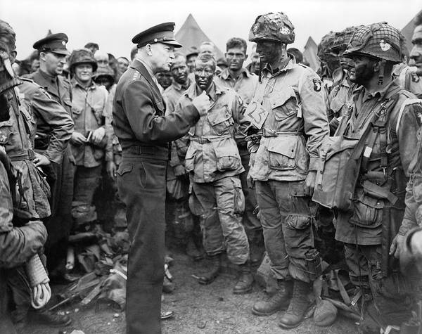 Wwii Photograph - Ike With D-day Paratroopers by Underwood Archives