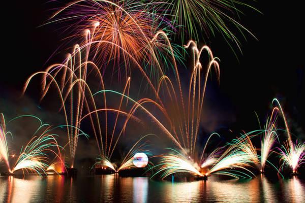 Fireworks Show Wall Art - Photograph - Illuminations-2 by Tom Weisbrook