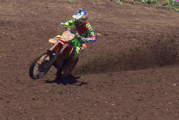 Washougal Photograph - In Hot Pursuit by Brian McCullough