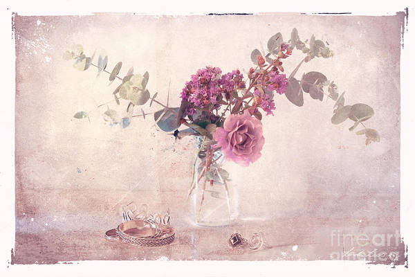 Posies Photograph - In The Pink by Linda Lees