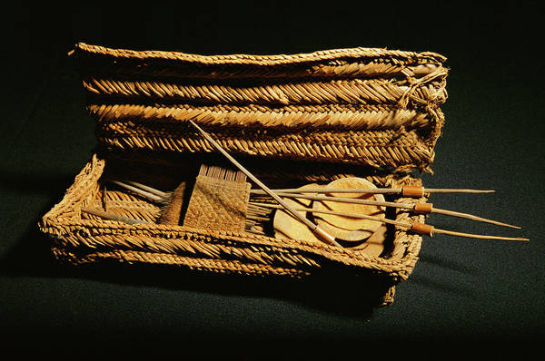Offering Photograph - Inca Mummy Grave Goods by Pasquale Sorrentino/science Photo Library