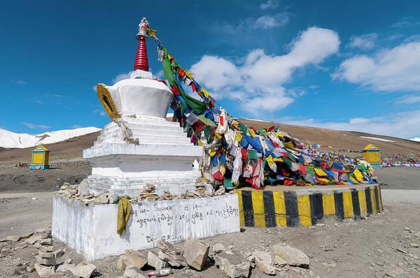 Clark Photograph - India, Jammu & Kashmir, Ladakh Large by Ellen Clark