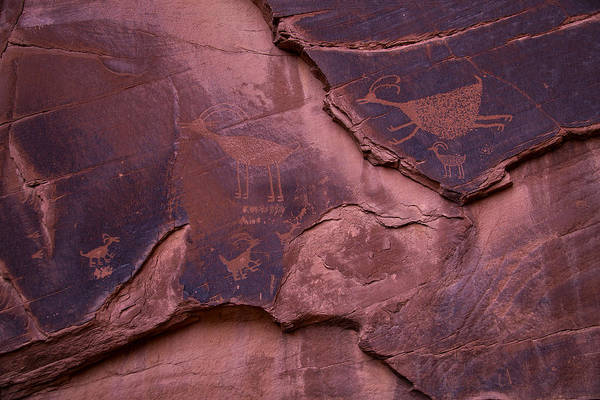 Navajo Indian Reservation Photograph - Indian Cave Art by Garry Gay