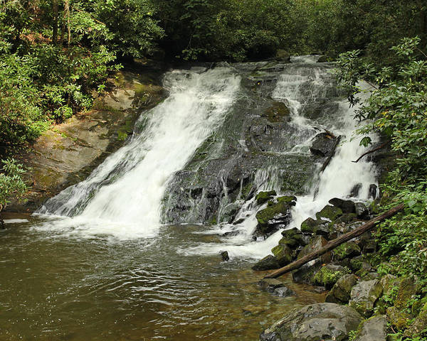 Photograph - Indian Creek Falls by Harold Rau