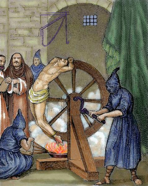 Crank Photograph - Inquisition Instrument Of Torture by Prisma Archivo
