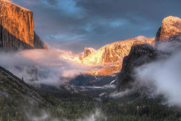 Alpenglow Photograph - Inspiration Point, Tunnel View, Sunset by Tom Norring