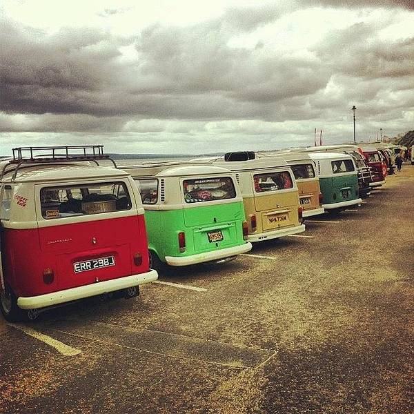 Vw Kombi Photograph - #instacool #instagood #instagramhub by Jimmy Lindsay