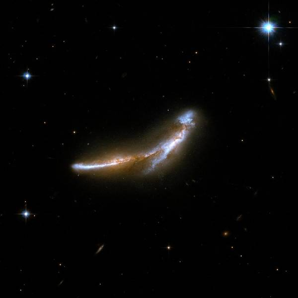 Wall Art - Photograph - Interacting Galaxy Ngc 6670 by Stsci/aura/hubble Collaboration/a. Evans (university Of Virginia, Charlottesville;nrao;stony Brook University)/nasa/ Science Photo Library