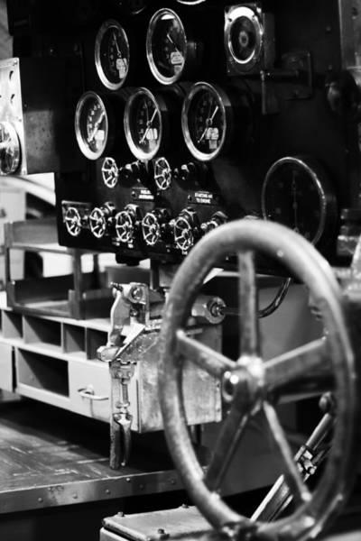 Uss Bowfin Photograph - Internal Mechanics Uss Bowfin V4 by Douglas Barnard
