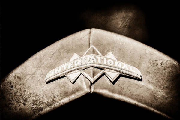 Photograph - International Grille Emblem -0741s by Jill Reger