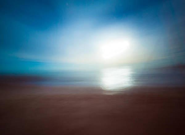 Wall Art - Photograph - Into The Sun #1 by Catherine Lau