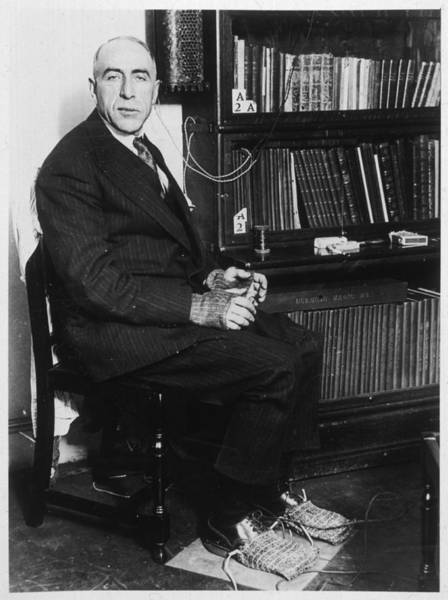 Wall Art - Photograph - Investigator Harry Price by Mary Evans Picture Library