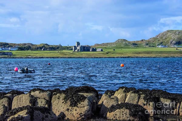 Church Of Scotland Wall Art - Photograph - Iona Abbey Isle Of Iona by Chris Thaxter