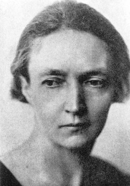 Wall Art - Photograph - Irene Joliot-curie by Emilio Segre Visual Archives/american Institute Of Physics/science Photo Library