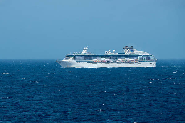Princess Cruise Lines Photograph - Island Princess by Jay Seeley