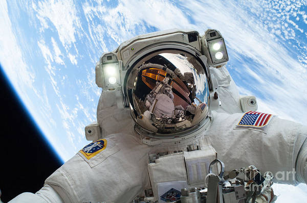 Photograph - Iss Expedition 38 Spacewalk by Science Source